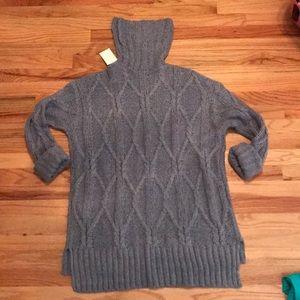 H&M Gray Sweater Size M